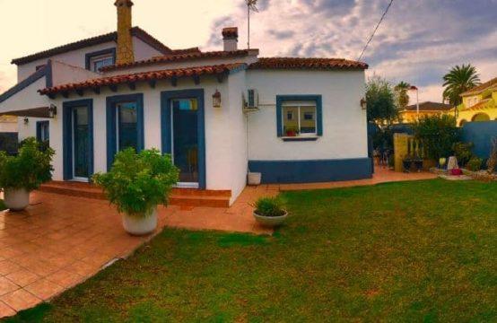 PRO1168<br>Chalet con 5 habitaciones en Las Marinas