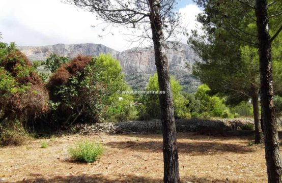 For sale large plot in Javea-Xabia Montgó area