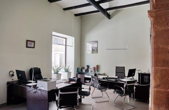 PRO1787<br>Centrally located office in Dénia