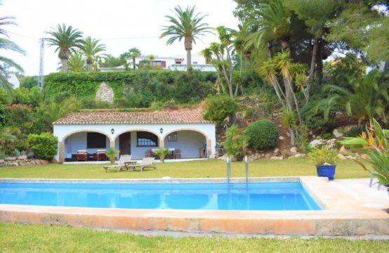 PRO1885<br>Villa en Jávea con vistas al mar y casa de invitados independiente