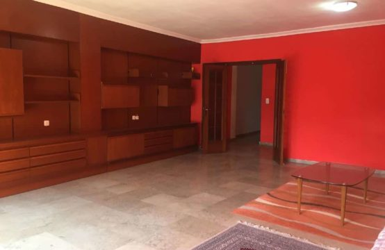 PRO1974<br>Great apartment to reform in Vergel in a very central location.