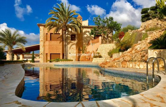 PRO2026<br>Villa de lujo situada en Pedreguer