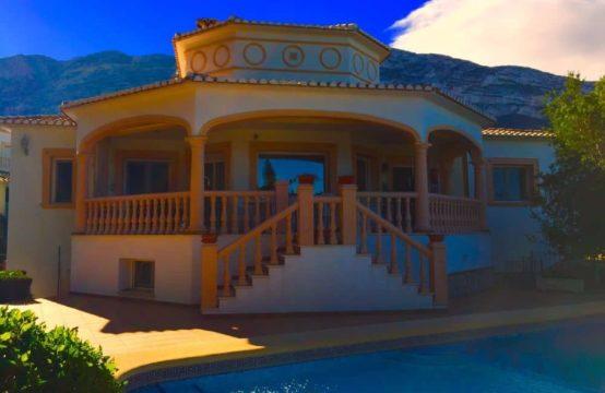 PRO1086<br>Spectacular villa in Denia Santa Lucia