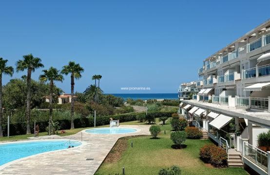 PRO2448A<br>Apartamento en primera línea de playa zona las marinas